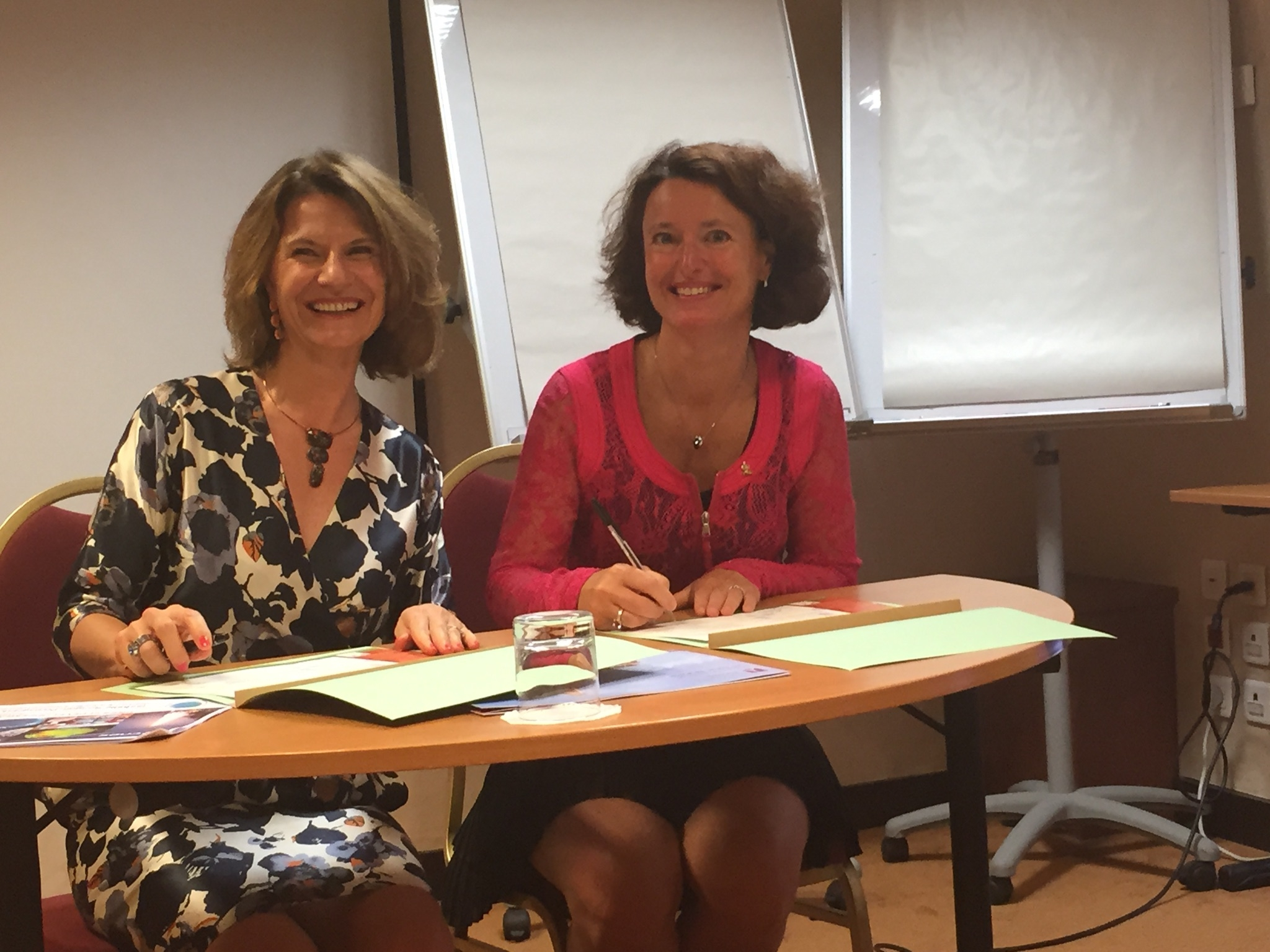 cp113-2015_-_adhesion_au_club_developpement_durable_signature_isabelle_rongier.jpg