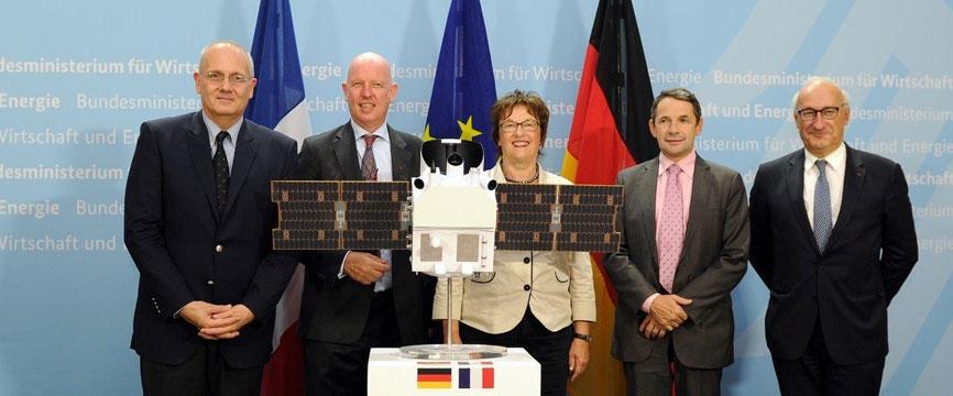 Coopération spatiale franco-allemande - Signature de l'accord de coopération MERLIN entre le CNES et le DLR